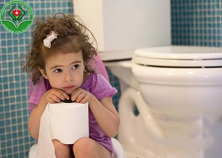 trẻ em có mắc bệnh trĩ